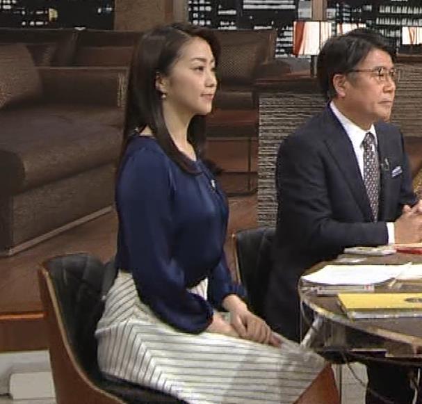 副島萌生アナ 横乳キャプ・エロ画像