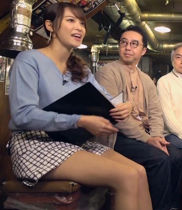 鷲見玲奈アナ 脚が細くてきれいキャプ・エロ画像3