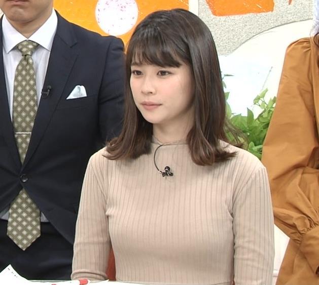 鈴木唯アナ 肌色でエロいニットキャプ・エロ画像3