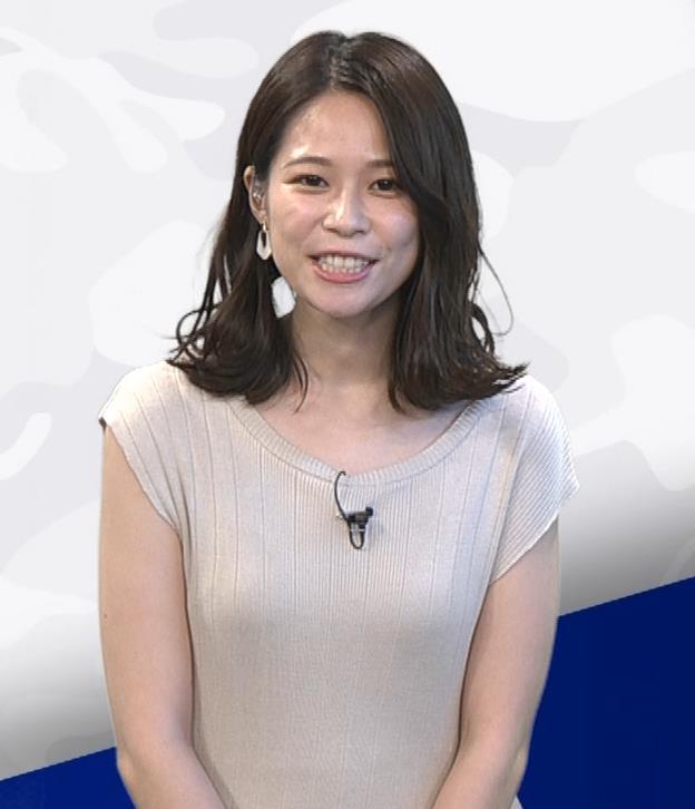 鈴木唯アナ 巨乳でエッチなノースリーブキャプ・エロ画像4
