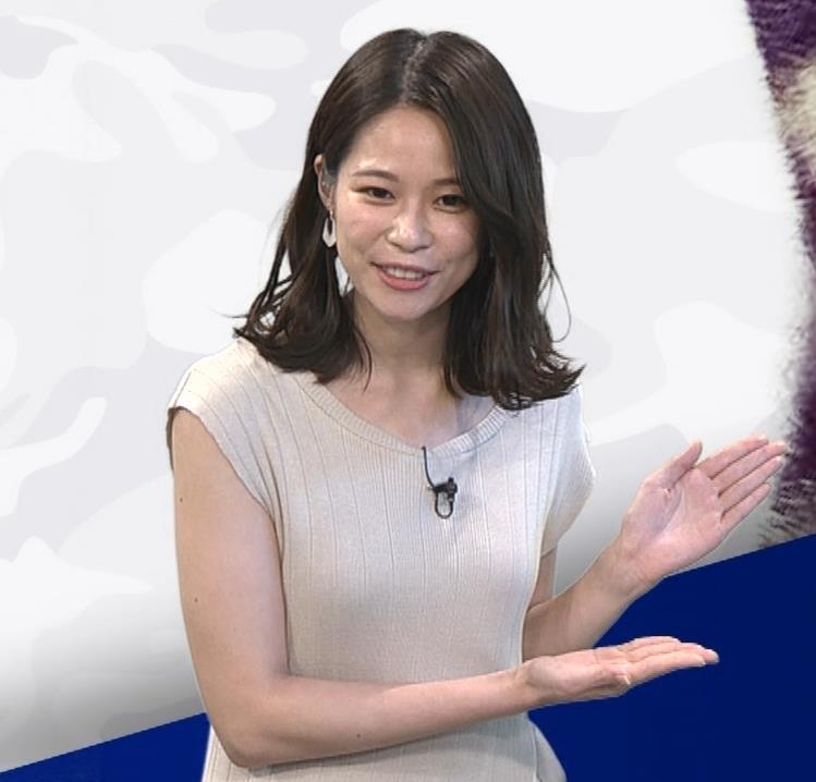 鈴木唯アナ 巨乳でエッチなノースリーブキャプ・エロ画像6