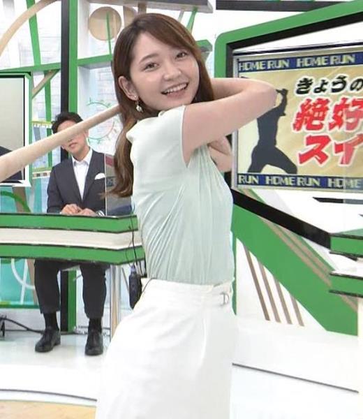 竹崎由佳アナ バットを振ってエロいカラダのラインが際立つキャプ画像(エロ・アイコラ画像)