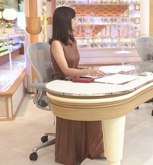 田村真子アナ セクシーなワンピースキャプ・エロ画像2