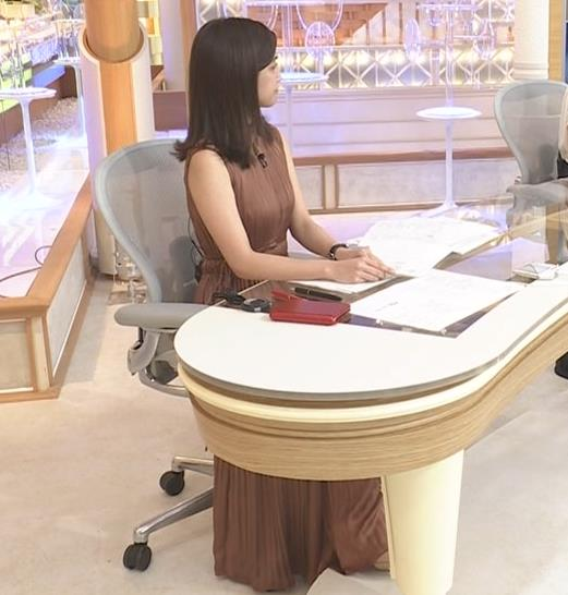 田村真子アナ セクシーなワンピースキャプ・エロ画像3