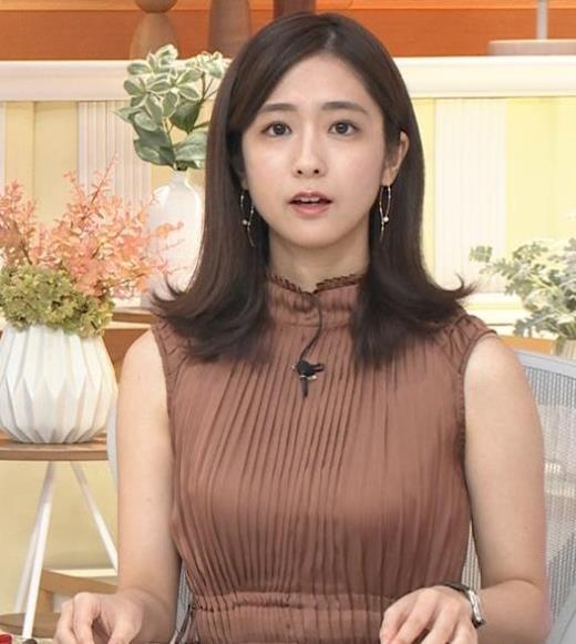 田村真子アナ セクシーなワンピース