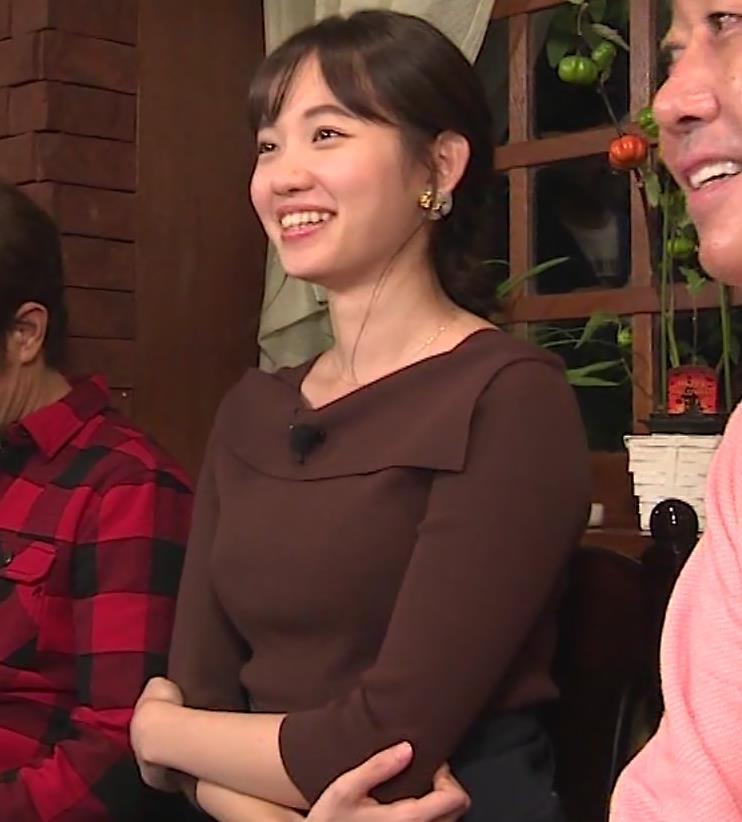 田中瞳アナ かわいいのにおっぱいがデカいキャプ・エロ画像9