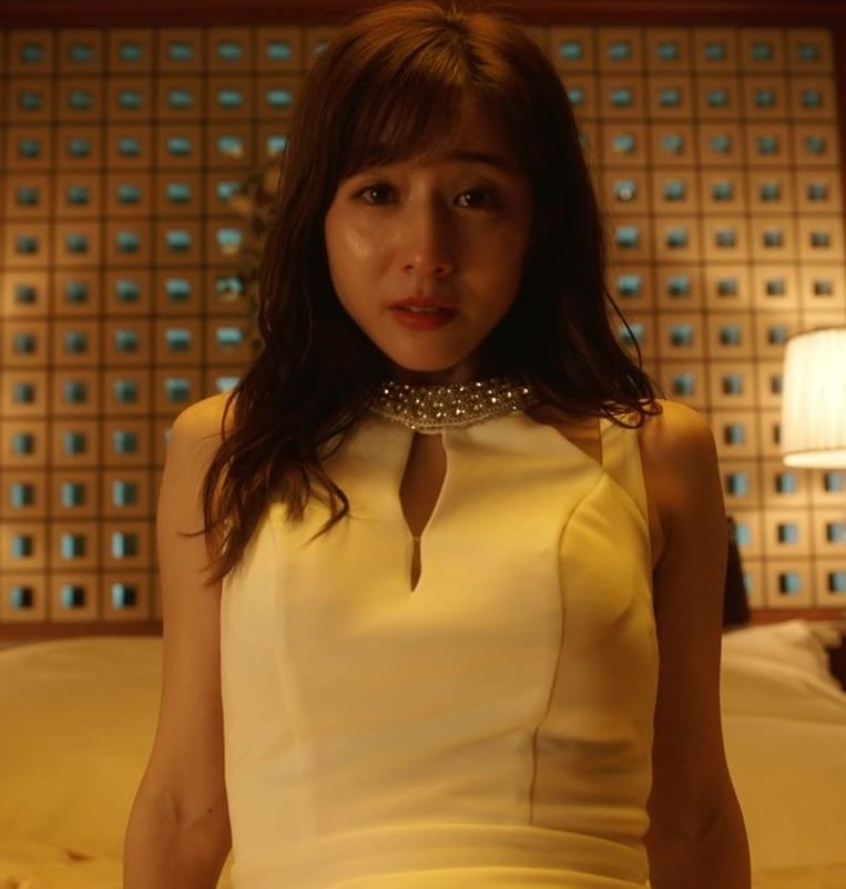 田中みな実 おっぱいが露出したり、ドラマでのエロ役キャプ・エロ画像8