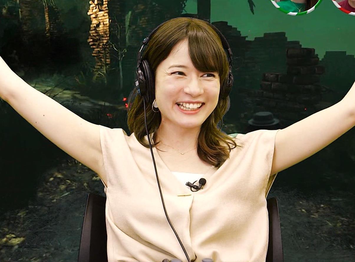 宇内梨沙アナ ワキ全開キャプ・エロ画像8