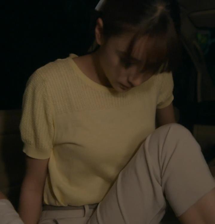 山本美月 Tシャツおっぱいキャプ・エロ画像6