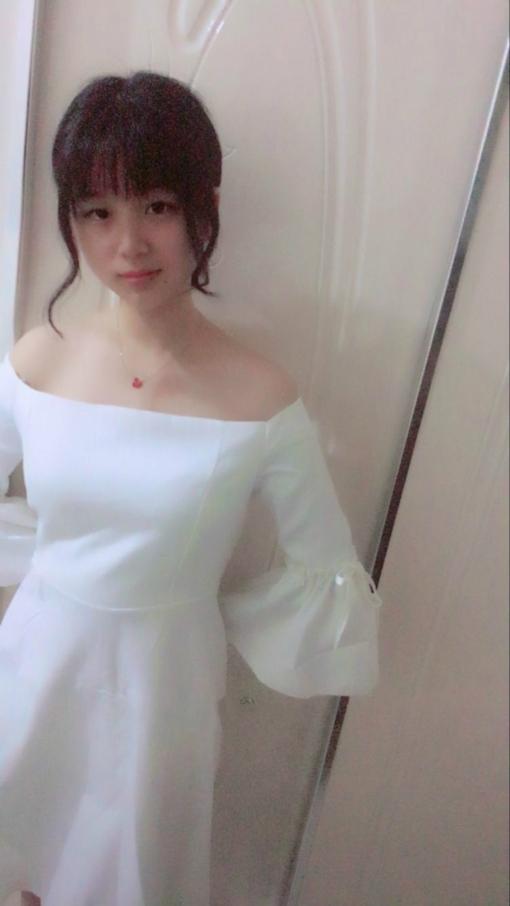 裸ローン(ヌードローン)で撮らされたヌードが流出した22歳ロリ系美少女のヌード画像  1