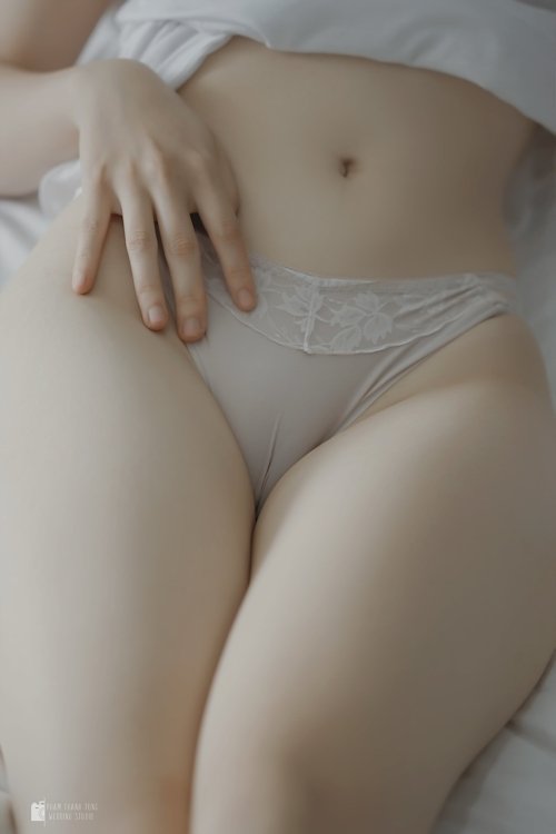 美尻美女のセクシーランジェリー画像 6