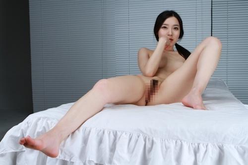 韓国美女を撮影したヌード画像 9