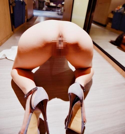 パイパンな人妻のヌード画像 7