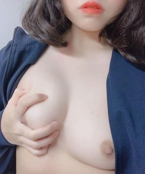 韓国素人美女の自分撮りヌード画像 12