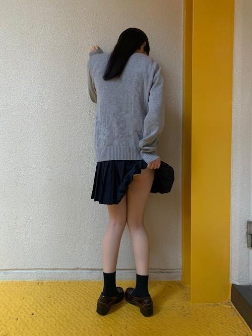 JK制服を着た少女のセクシーショット画像 9