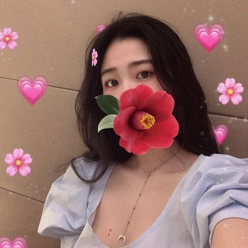 中国素人美女の自分撮りヌード画像 1