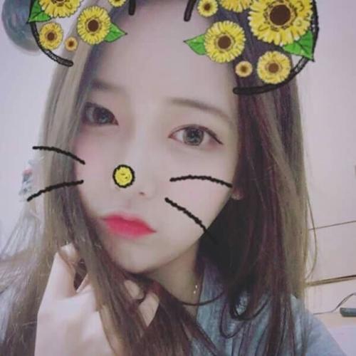 韓国巨乳美人ナースの自分撮りヌード画像? 3