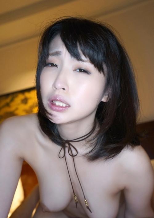 清楚系なFカップ巨乳美女のセックス画像 10