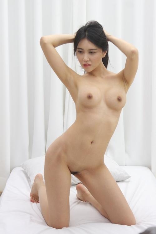 韓国美女ヌードモデルの個人撮影画像 4