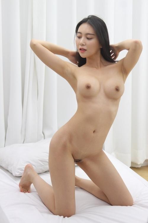 韓国美女ヌードモデルの個人撮影画像 6