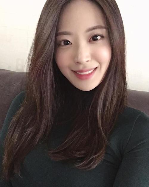 韓国美人CA(スチュワーデス)の流出ヌード画像 1