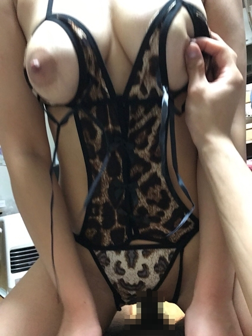 巨乳素人女性のセクシーランジェリー&ハメ撮り画像 9
