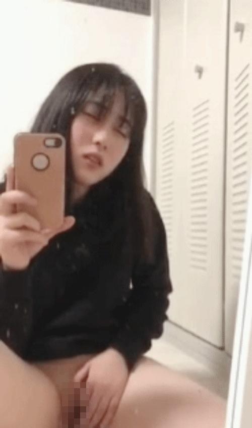 清純美少女のオナニー自分撮り画像 11