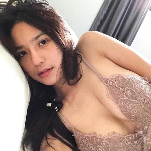 韓国美人妻のランジェリー画像 1