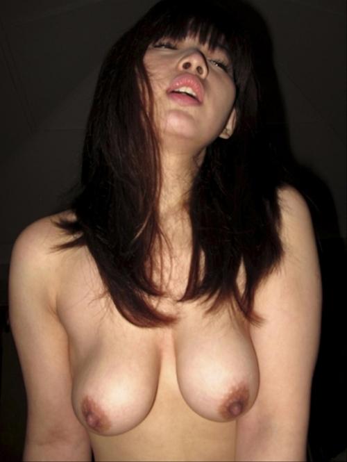 台湾素人美少女の流出セックス画像 12