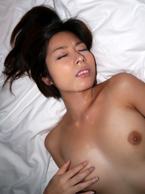 スレンダー美女の拘束セックス画像 11