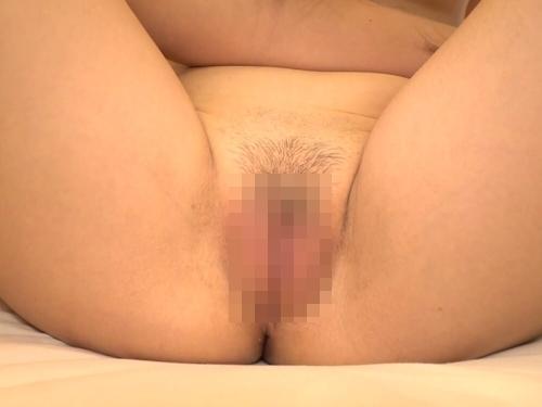 美微乳素人美女の跨りセックスハメ撮り画像 4