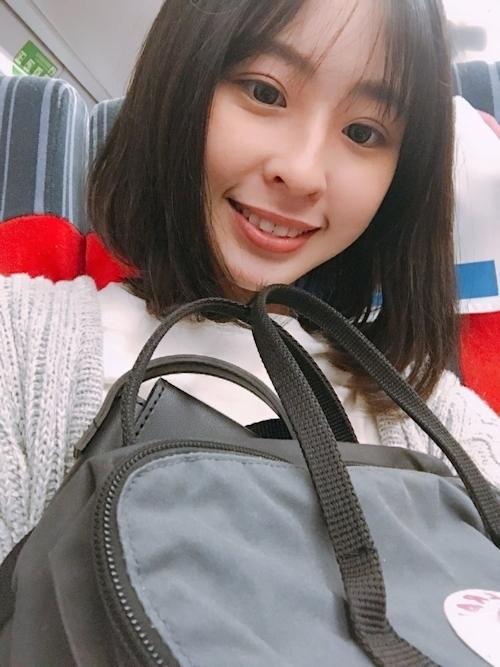 台湾素人美少女の自分撮りヌード流出画像 1