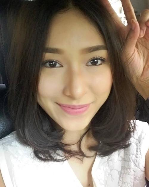 タイ美人女優の自分撮りヌード流出画像 2