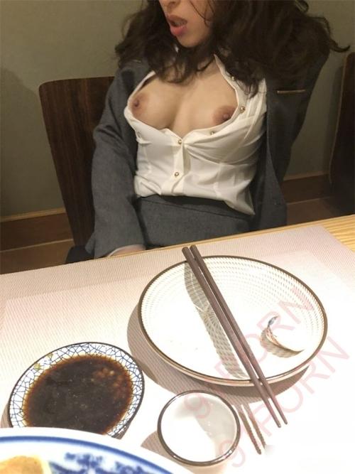 スーツ女性社員の性接待画像 18