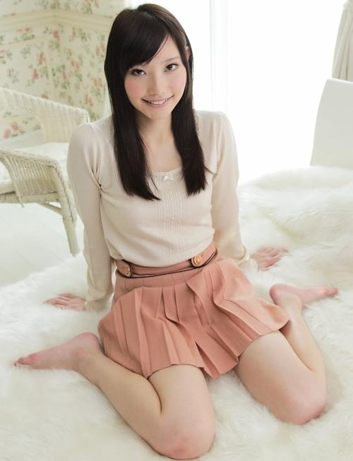 スレンダーBカップ微乳美女 田辺保奈美 セクシーヌード画像 1