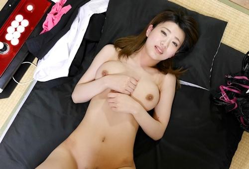 訪問販売に来たスーツ美女とのセックスをハメ撮りした画像 11