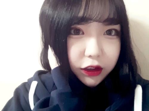 韓国変態美少女の自分撮りヌード画像 1