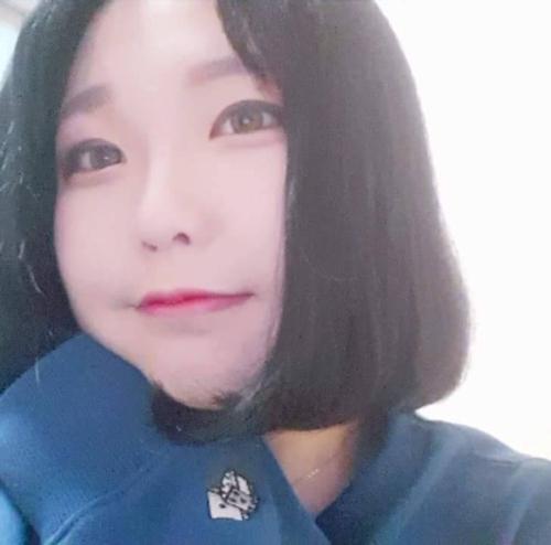 韓国変態美少女の自分撮りヌード画像 2