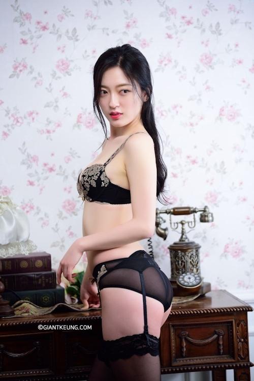 S級韓国美女モデルのセクシーランジェリー画像 4
