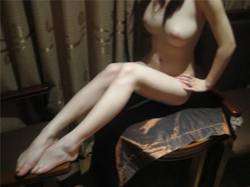 パーフェクトボディな台湾女性のヌード画像 1