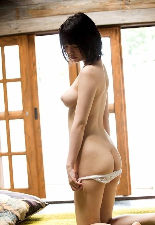 Fカップ美巨乳美女 鈴木心春 ヌード画像 3
