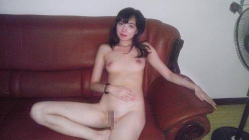 極上素人美女の流出ヌード画像 8