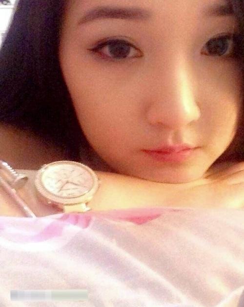 中国極品美女の自分撮りヌード画像 3