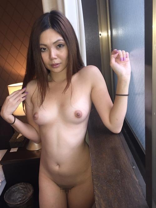 性奴隷にしてるスレンダー素人美女のヌード画像 5
