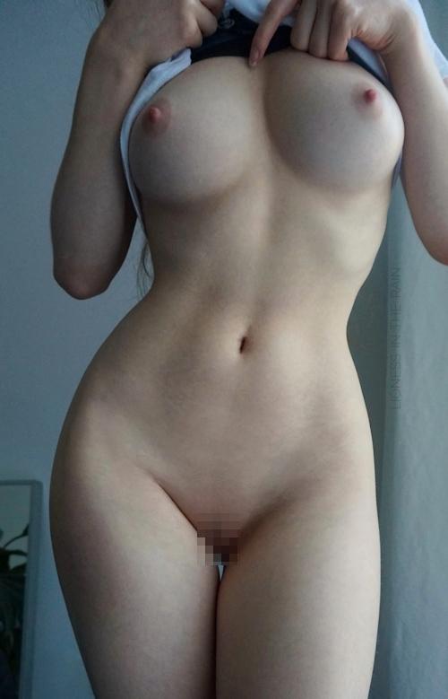 美巨乳なアメリカの女神の自分撮りヌード画像 24