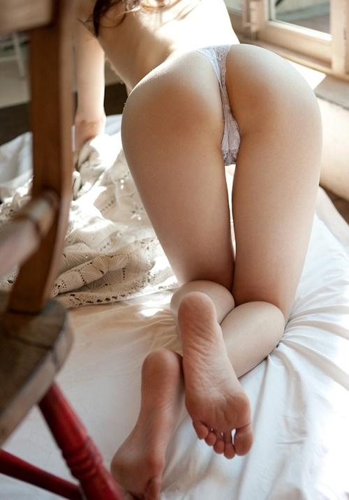 美尻美女の食い込みパンティ画像特集 5