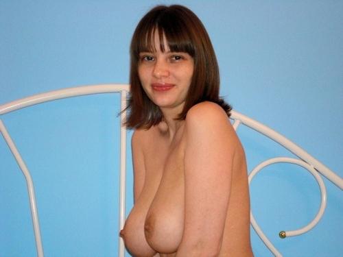 メロンのような大きなおっぱいをした西洋美女のヌード画像 9