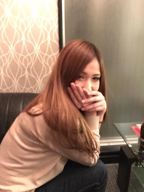 ギャル系素人美女をホテルで撮影したヌード画像 2