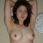 巨乳な美人妻のプライベートヌード流出画像