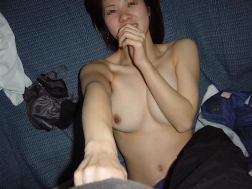 巨乳な美人妻のプライベートヌード流出画像 9